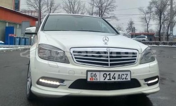 Buy Used Mercedes-Benz C-klasse White Car in Bishkek in Bishkek