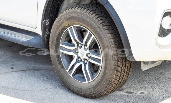 Buy Import Toyota Fortuner White Car in Import - Dubai in Batken