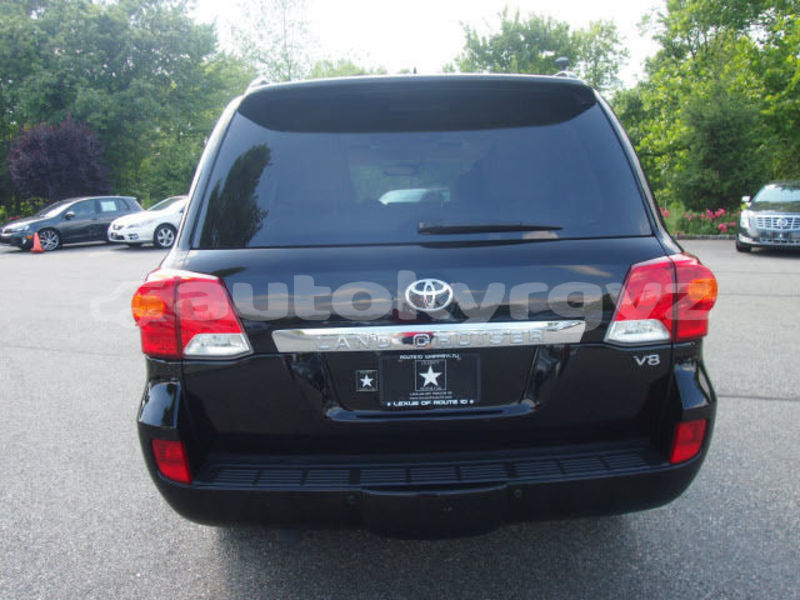 Big with watermark toyota land cruiser issyk kul balykchy 4458